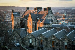 Edinburgh Castle-- kirra