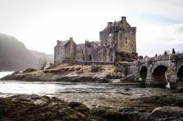 Eilean Donan Castle-- kirra