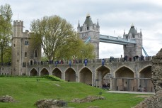 tower bridge tower of london